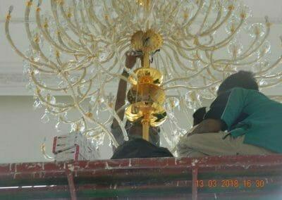 pasang-lampu-kristal-bapak-danny-51