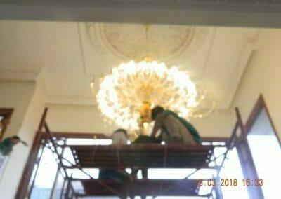 pasang-lampu-kristal-bapak-danny-53