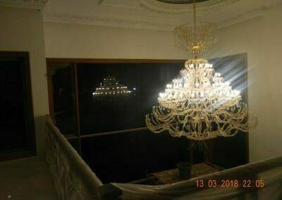 pasang-lampu-kristal-bapak-danny-60