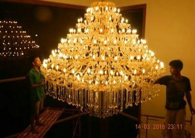 pasang-lampu-kristal-bapak-danny-67