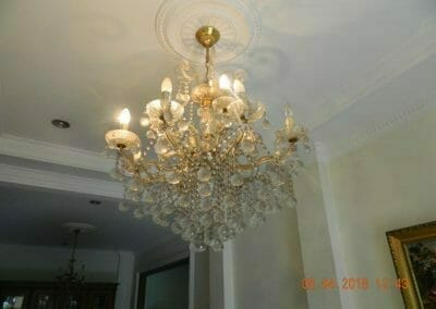 cuci-lampu-kristal-bapak-dedi-02
