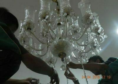 cuci-lampu-kristal-ibu-cici-07