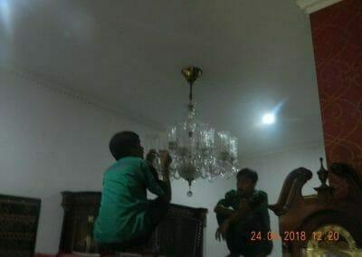 cuci-lampu-kristal-ibu-cici-10
