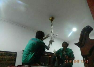 cuci-lampu-kristal-ibu-cici-11