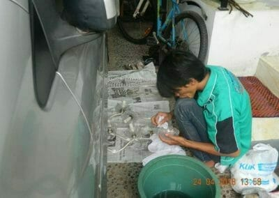 cuci-lampu-kristal-ibu-cici-16