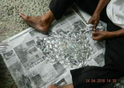 cuci-lampu-kristal-ibu-cici-22