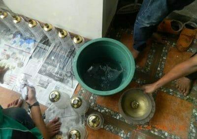 cuci-lampu-kristal-ibu-cici-24