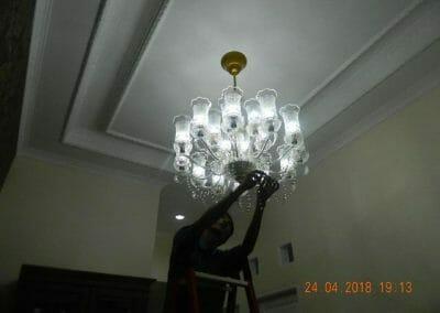 cuci-lampu-kristal-ibu-cici-41