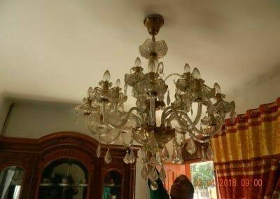 cuci-lampu-kristal-ibu-suningsih-04