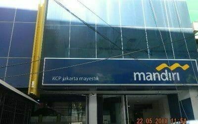 Cuci Kaca Gedung Bank Mandiri KCP Jakarta Mayestik
