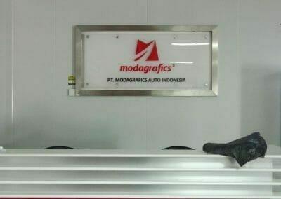 cuci-karpet-kantor-pt-modagrafics-auto-indonesia-01