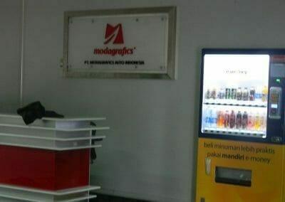 cuci-karpet-kantor-pt-modagrafics-auto-indonesia-15