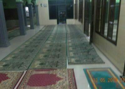 cuci-karpet-masjid-ar-rohmah-10