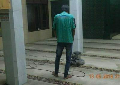 cuci-karpet-masjid-ar-rohmah-11
