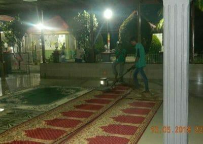 cuci-karpet-masjid-ar-rohmah-18
