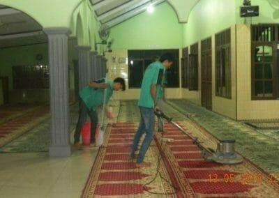 cuci-karpet-masjid-ar-rohmah-20