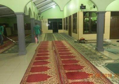 cuci-karpet-masjid-ar-rohmah-21