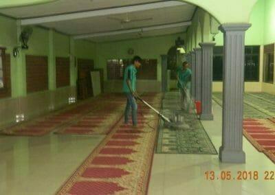cuci-karpet-masjid-ar-rohmah-22