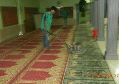 cuci-karpet-masjid-ar-rohmah-23