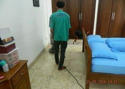 cuci-lantai-marmer-ibu-intan-01