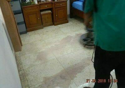 cuci-lantai-marmer-ibu-intan-14
