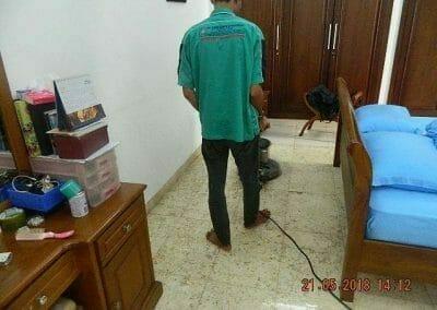 cuci-lantai-marmer-ibu-intan-17