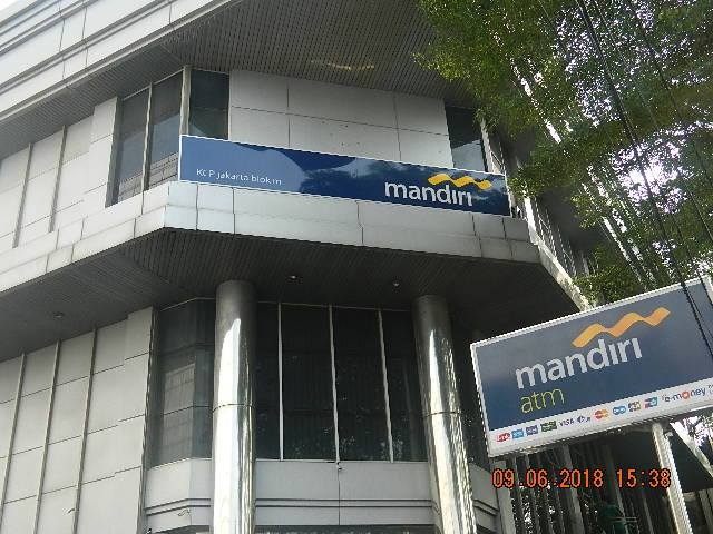 Cuci Kaca | Cuci ACP Gedung Bank Mandiri KCP Jakarta Blok M