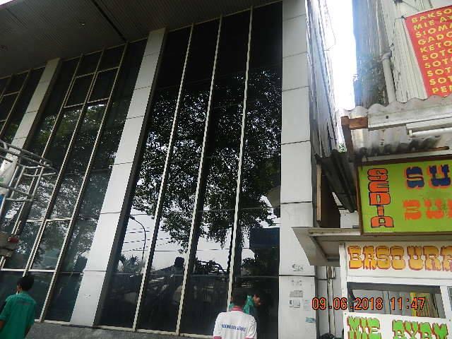 cuci kaca cuci acp gedung bank mandiri blok m 13 Cuci