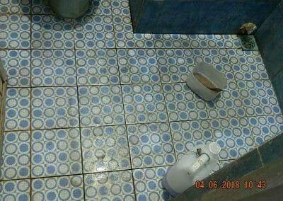 cuci-kamar-mandi-bapak-ade-12