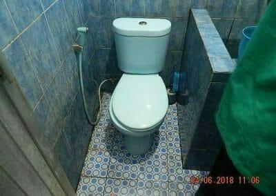 cuci-kamar-mandi-bapak-ade-21
