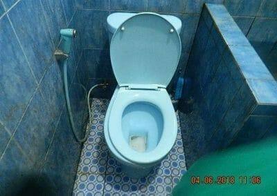 cuci-kamar-mandi-bapak-ade-22