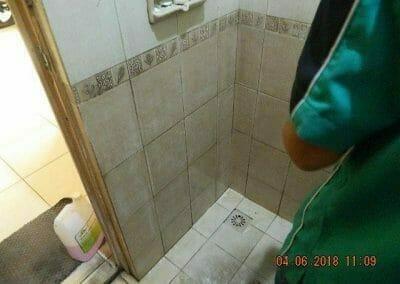 cuci-kamar-mandi-bapak-ade-30