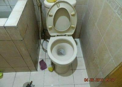 cuci-kamar-mandi-bapak-ade-53