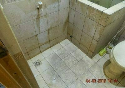 cuci-kamar-mandi-bapak-ade-63