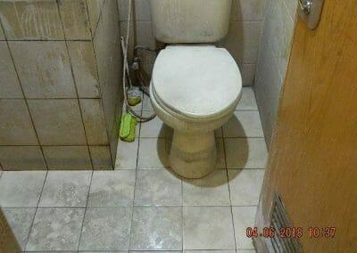 cuci-kamar-mandi-bapak-ade-64