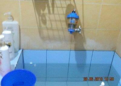 cuci-kamar-mandi-ibu-ria-14