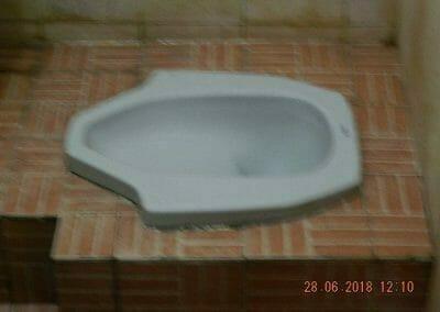 cuci-kamar-mandi-ibu-ria-29