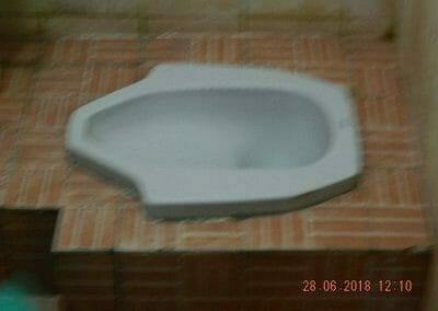 cuci-kamar-mandi-ibu-ria-30