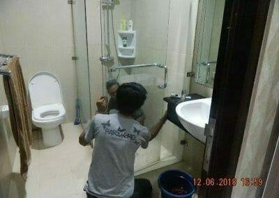 cuci-kamar-mandi-pembersihan-menyeluruh-pembuatan-taman-12