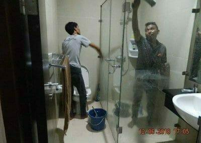 cuci-kamar-mandi-pembersihan-menyeluruh-pembuatan-taman-17