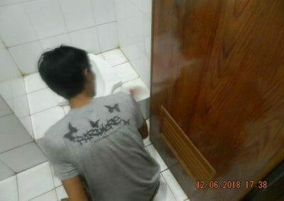 cuci-kamar-mandi-pembersihan-menyeluruh-pembuatan-taman-21