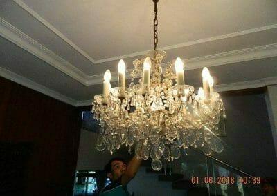 cuci-lampu-kristal-ibu-julianti-01
