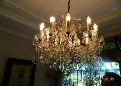 cuci-lampu-kristal-ibu-julianti-02