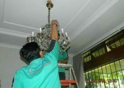cuci-lampu-kristal-ibu-julianti-20