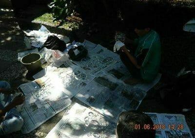 cuci-lampu-kristal-ibu-julianti-27
