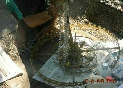 cuci-lampu-kristal-ibu-julianti-36