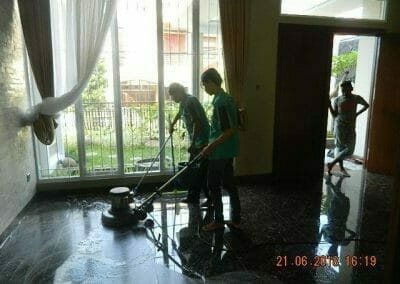general-cleaning-cuci-lantai-ibu-reni-13