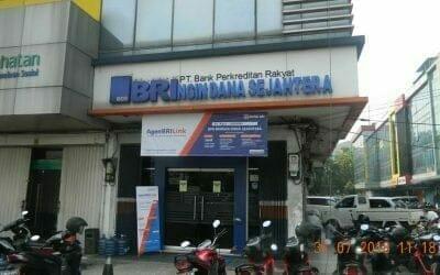 Cuci Kaca Gedung BRIngin Dana Sejahtera | BRI Group