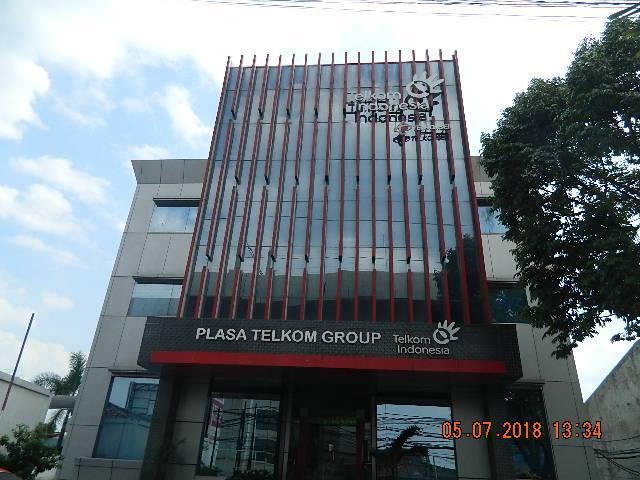 Cuci Kaca Gedung | Cuci Gedung | Cuci ACP Plasa Telkom Group
