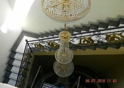 cuci-lampu-kristal-ibu-novita-ikasari-18